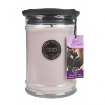 Bridgewater Candle Large Jar Kiss in the Rain 524 g